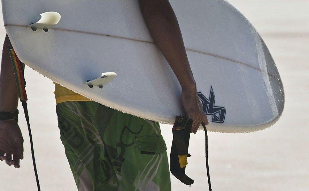 Alquilar tu tabla de surf para hacer surf en Lugo