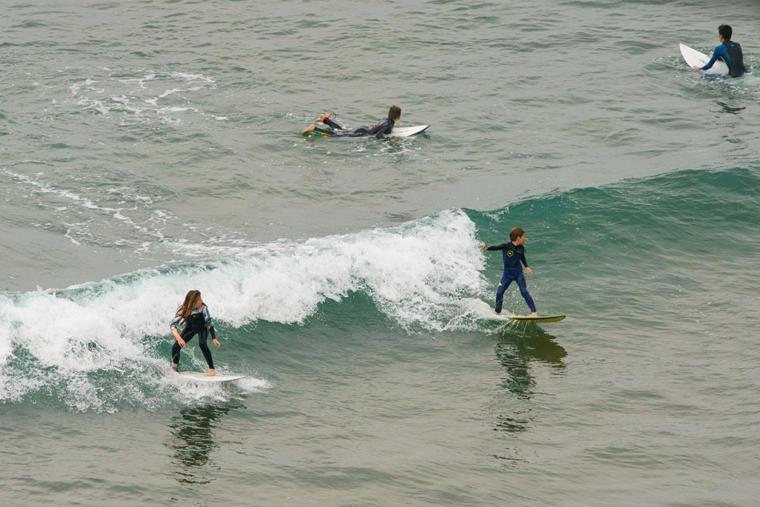 Las mejores playas para aprender surf en Galicia