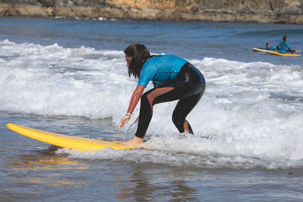 Precio del surf para principiantes en verano